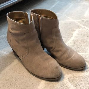 Sole society Romy bootie in taupe